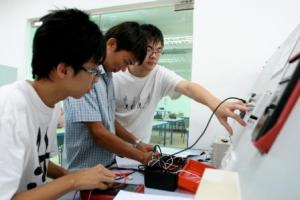 UCSI offers excellent engineering facilities for her students.