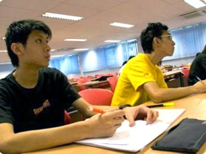 MDIS Singapore students in class