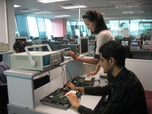 Electrical and Electronic Engineering lab at Asia Pacific University