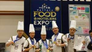 KDU College Penang won a gold medal in the Buffet Seafood category at the Pattaya Culinary Cup 2014. While culinary arts student Waymann Cheong and alumni Teoh Ezen won a silver medal and diploma respectively for the Individual Seafood category.