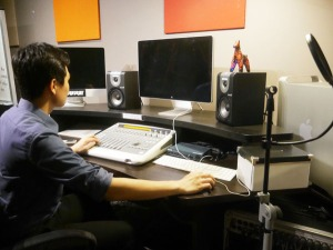 Mass Communication students have access to high end facilities at MDIS Singapore