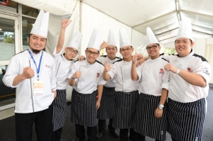 Taylor's University culinary students win the junior chefs gourmet battle team challenge at Culinaire Malaysia