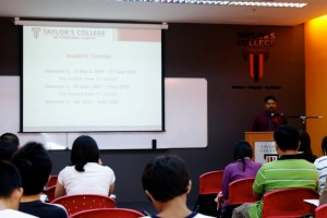 Experienced lecturers teach at Taylor's College Sri Hartamas